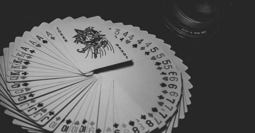 크기, 동향 및 모바일 도박 시장 2001에서 2023 사이의 통계