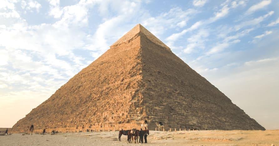 2021 년에 플레이 할 이집트 테마 슬롯 머신 상위 6 개